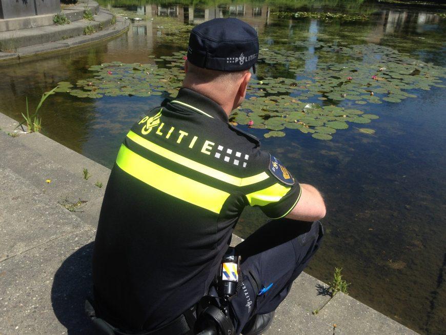 Politie werft 15 geestelijk verzorgers
