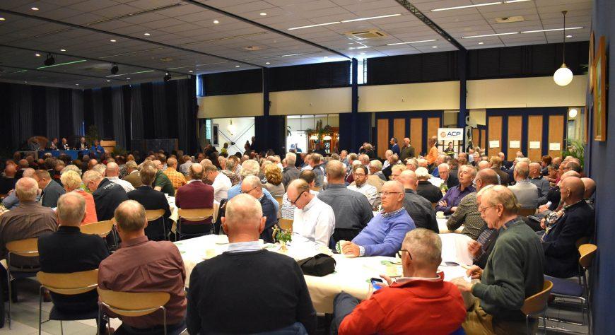 Ruim 300 man bij jaarvergadering ACP Plus