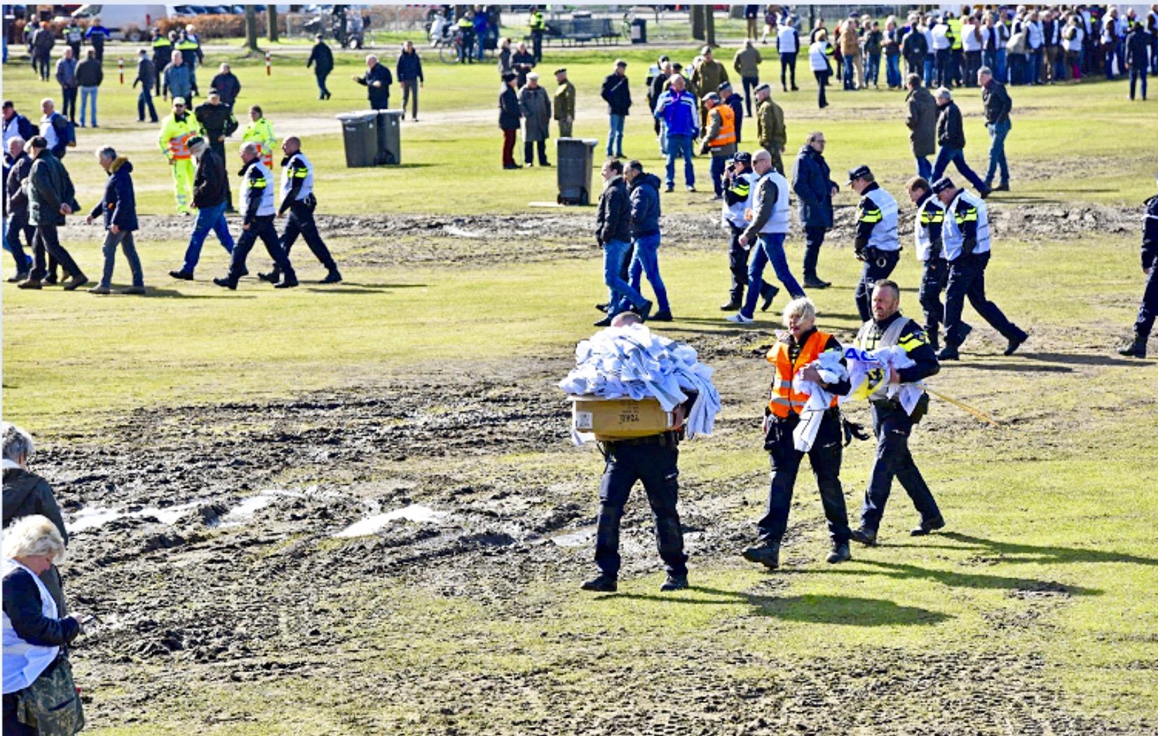 Politiebonden stellen uitvoeren van acties uit