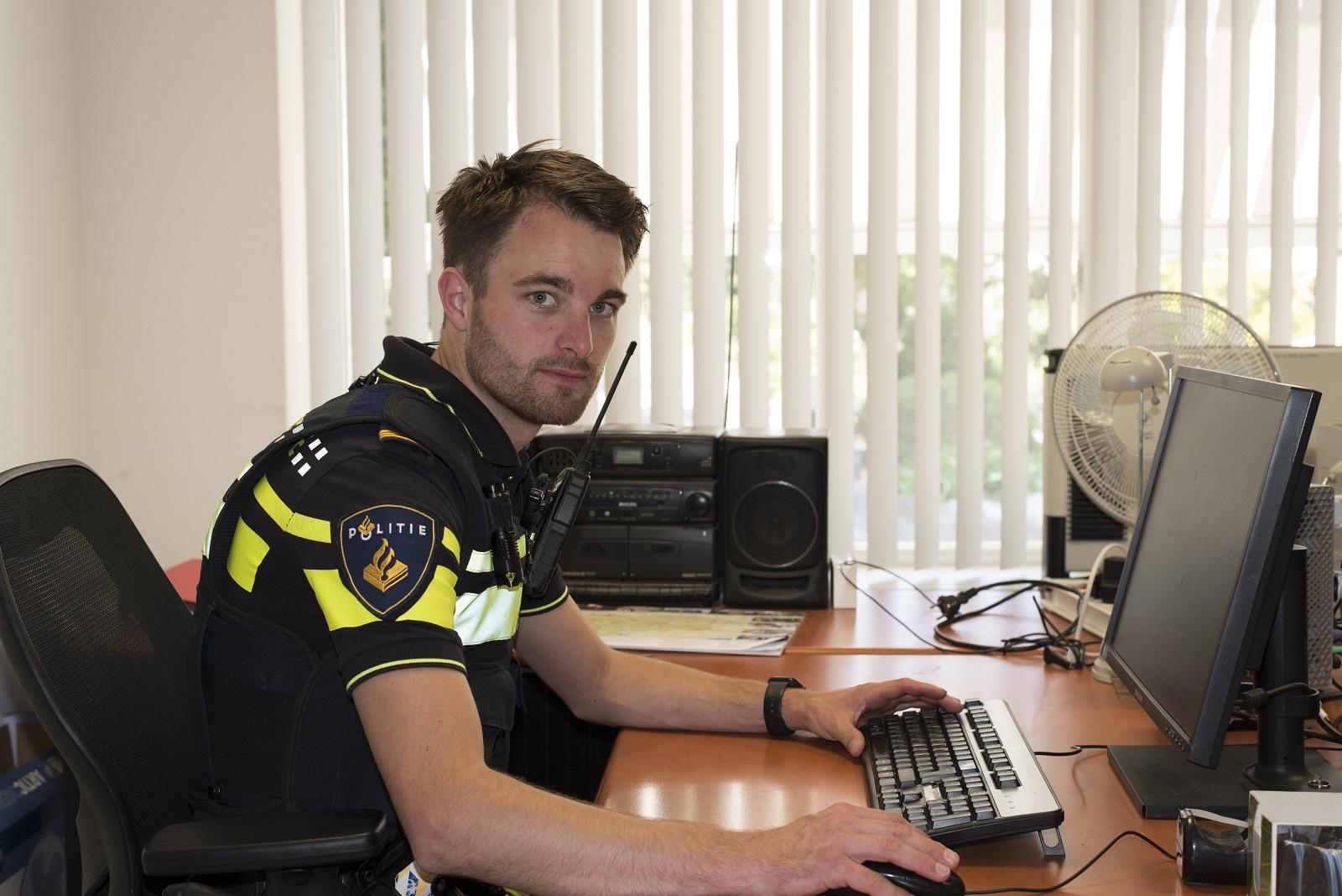 Ledenpeiling politiebonden over CAO-wensen